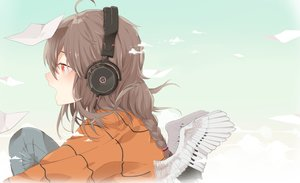 Rating: Safe Score: 34 Tags: braids brown_hair clouds headphones long_hair paper ponytail red_eyes sky tagme_(artist) vocaloid vocaloid_china wings yuezheng_ling User: luckyluna