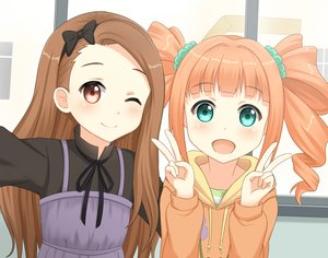 Rating: Safe Score: 70 Tags: 2girls aliasing aqua_eyes blonde_hair brown_eyes brown_hair close dress headband hoodie idolmaster kurisu-kun long_hair minase_iori takatsuki_yayoi twintails wink User: mattiasc02