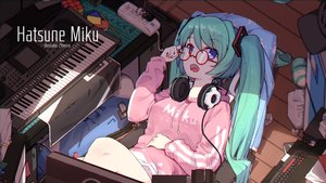 Rating: Safe Score: 36 Tags: blue_eyes computer glasses green_hair hatsune_miku headphones hoodie instrument long_hair piano twintails vocaloid watermark zhayin-san User: RyuZU