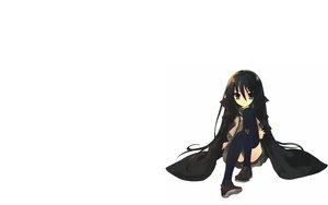 Rating: Safe Score: 42 Tags: black_hair cape long_hair school_uniform shakugan_no_shana shana thighhighs white User: Umbra