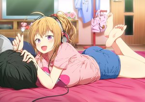 Rating: Safe Score: 28 Tags: ass barefoot black_hair blonde_hair emoi_do headphones male original ponytail purple_eyes short_hair shorts User: BattlequeenYume