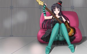 Rating: Questionable Score: 35 Tags: akiyama_mio cameltoe guitar instrument k-on! User: pantu