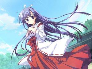 Rating: Safe Score: 84 Tags: feng game_cg hoshizora_e_kakaru_hashi japanese_clothes koumoto_madoka long_hair miko purple_eyes purple_hair ryohka sky User: Wiresetc