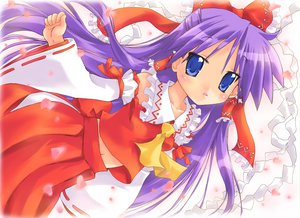 Rating: Safe Score: 40 Tags: blue_eyes cherry_blossoms cosplay flowers hiiragi_kagami japanese_clothes lucky_star miko purple_hair touhou User: HawthorneKitty