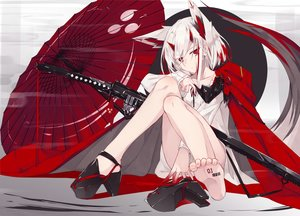 Rating: Safe Score: 164 Tags: animal_ears barefoot blood horns nagishiro_mito original red_eyes short_hair sword umbrella weapon white_hair User: RyuZU