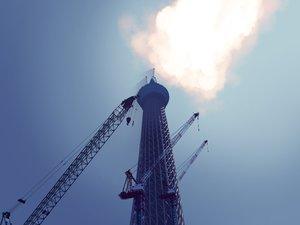 Rating: Safe Score: 38 Tags: building clouds industrial nobody original realistic sky yonasawa User: RyuZU