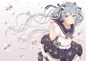 Rating: Safe Score: 162 Tags: bow bubbles hatsune_miku lolita_fashion long_hair nagitoki ribbons skirt twintails vocaloid wristwear User: Flandre93