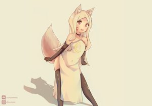 Rating: Safe Score: 48 Tags: animal_ears foxgirl isunkplei loli long_hair red_eyes sewayaki_kitsune_no_senko-san shiro_(sewayaki_kitsune_no_senko-san) tail thighhighs watermark white_hair User: FoxFX
