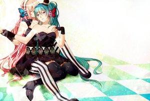 Rating: Questionable Score: 107 Tags: akitsuki_(akiduko) dress hatsune_miku magnet_(vocaloid) megurine_luka vocaloid yuri User: FormX