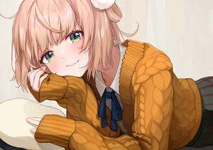 Rating: Safe Score: 26 Tags: bow brown_hair close green_eyes ribbons shigure_ui_(channel) shigure_ui_(vtuber) short_hair skirt takuo User: otaku_emmy