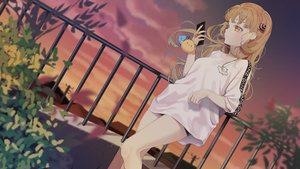 Rating: Safe Score: 64 Tags: agnamore blonde_hair clouds leaves long_hair original phone shorts sky sunset waifu2x yellow_eyes User: otaku_emmy