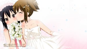 Rating: Safe Score: 284 Tags: black_hair blush bow brown_eyes brown_hair choker flowers gloves hat hirasawa_yui kiss k-on! nakano_azusa photoshop rose shoujo_ai wedding_attire white User: Iceylemoan