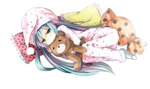 Rating: Safe Score: 90 Tags: hatsune_miku nekoame pajamas teddy_bear vocaloid User: FormX
