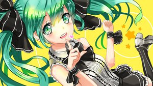 Rating: Safe Score: 82 Tags: green_eyes green_hair hatsune_miku kanipanda twintails vocaloid User: FormX
