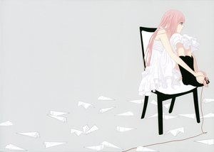 Rating: Safe Score: 36 Tags: gray just_be_friends_(vocaloid) megurine_luka vocaloid yunomi User: Destroying