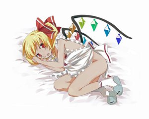Rating: Questionable Score: 39 Tags: blonde_hair flandre_scarlet gochou_(comedia80) naked_apron red_eyes touhou vampire wings User: gnarf1975