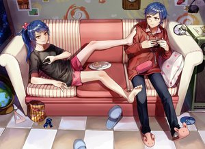 Rating: Safe Score: 109 Tags: barefoot blue_hair couch food game_console hoodie kim_eb male original ponytail shorts yellow_eyes User: luckyluna