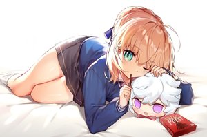Rating: Safe Score: 95 Tags: artoria_pendragon_(all) blonde_hair braids fate/grand_order fate_(series) food green_eyes kamiowl kneehighs merlin_(fate/grand_order) pocky saber school_uniform short_hair skirt socks wink User: otaku_emmy