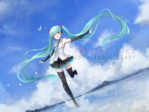 Rating: Safe Score: 26 Tags: animal bird clouds green_eyes green_hair hatsune_miku headphones long_hair signed skirt sky tagme_(artist) tattoo thighhighs twintails vocaloid water zettai_ryouiki User: BattlequeenYume
