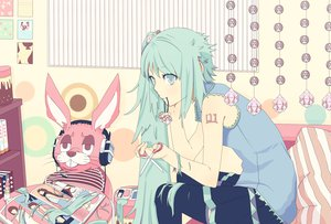 Rating: Safe Score: 64 Tags: hatsune_miku headphones koyoi_mitsuki lots_of_laugh_(vocaloid) vocaloid User: HawthorneKitty