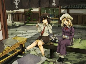 Rating: Questionable Score: 19 Tags: maribel_han touhou usami_renko User: w7382001