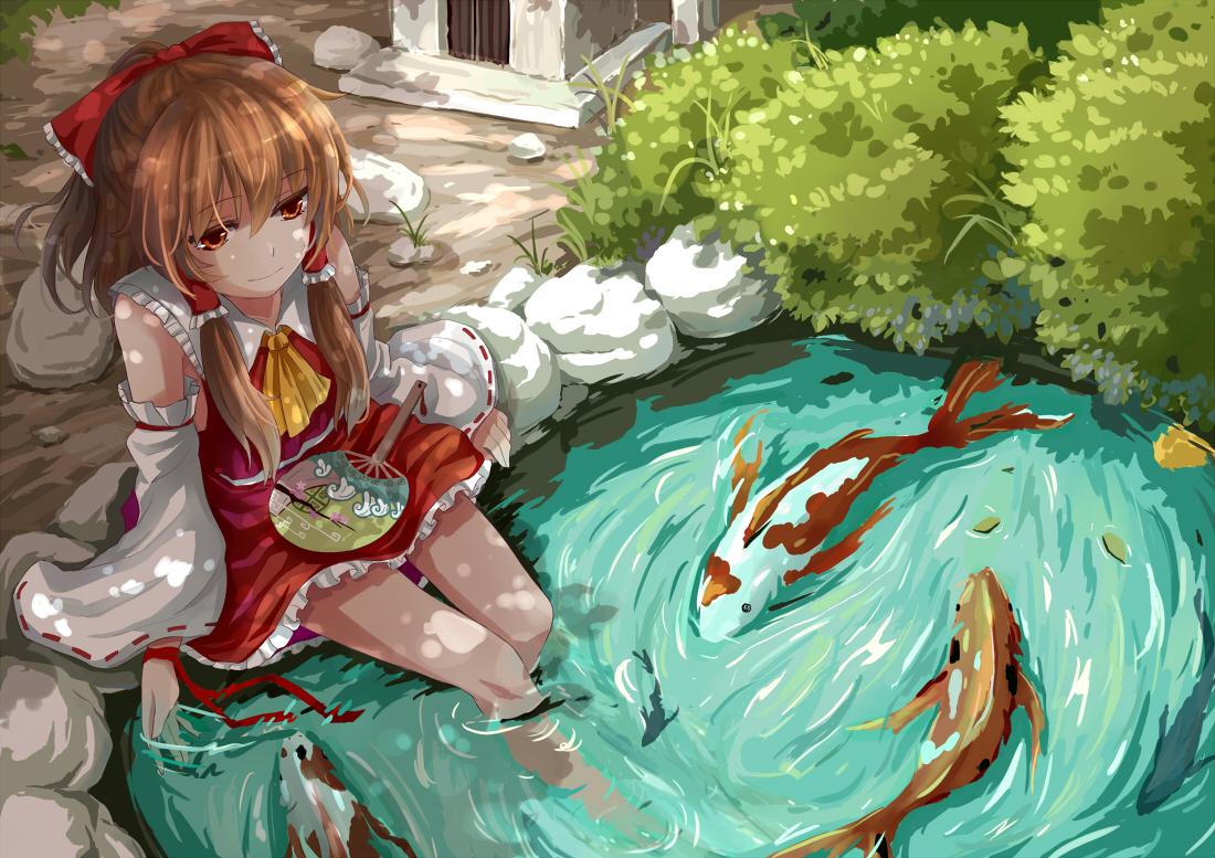animal fan fish hakurei_reimu japanese_clothes miko sakia touhou water