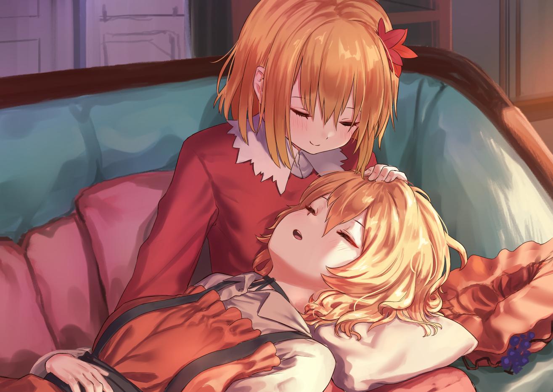 2girls aki_minoriko aki_shizuha aliasing blonde_hair couch orange_hair roke_(taikodon) short_hair sleeping touhou