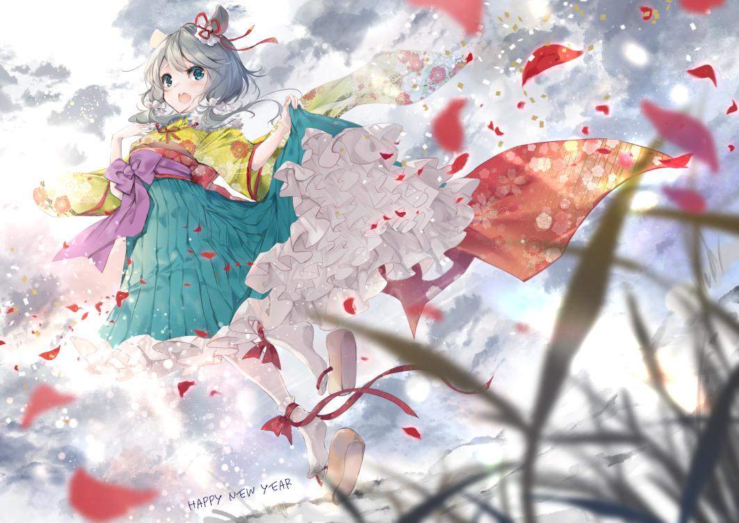 animal_ears blush clouds grass gray_hair green_eyes japanese_clothes long_hair mousegirl original skirt_lift sky twintails umi_no_mizu