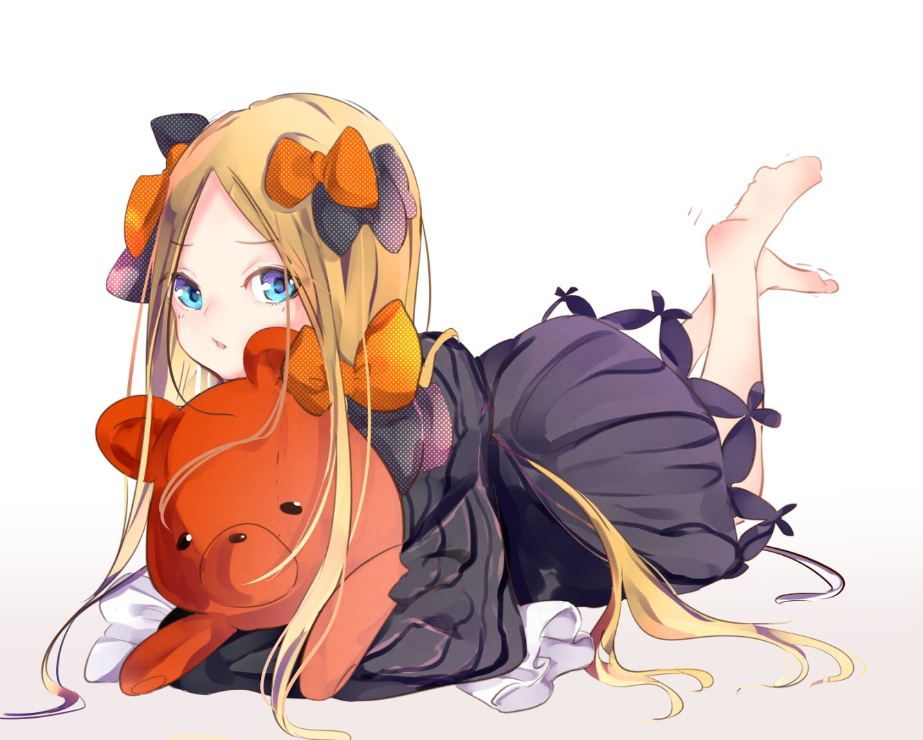 abigail_williams_(fate/grand_order) aqua_eyes barefoot blonde_hair bow fate/grand_order fate_(series) goth-loli loli lolita_fashion long_hair maimura teddy_bear white