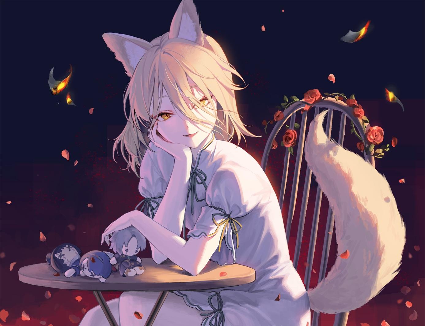 animal_ears blonde_hair doll dress flowers foxgirl hajin kudamaki_tsukasa petals rose tail touhou yellow_eyes