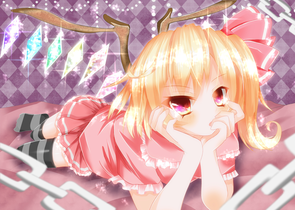 blonde_hair bow chain flandre_scarlet red_eyes short_hair thighhighs touhou wings yuimari zettai_ryouiki