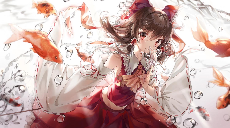 animal blush brown_hair bubbles fish hakurei_reimu japanese_clothes miko nagul ofuda red_eyes touhou underwater water