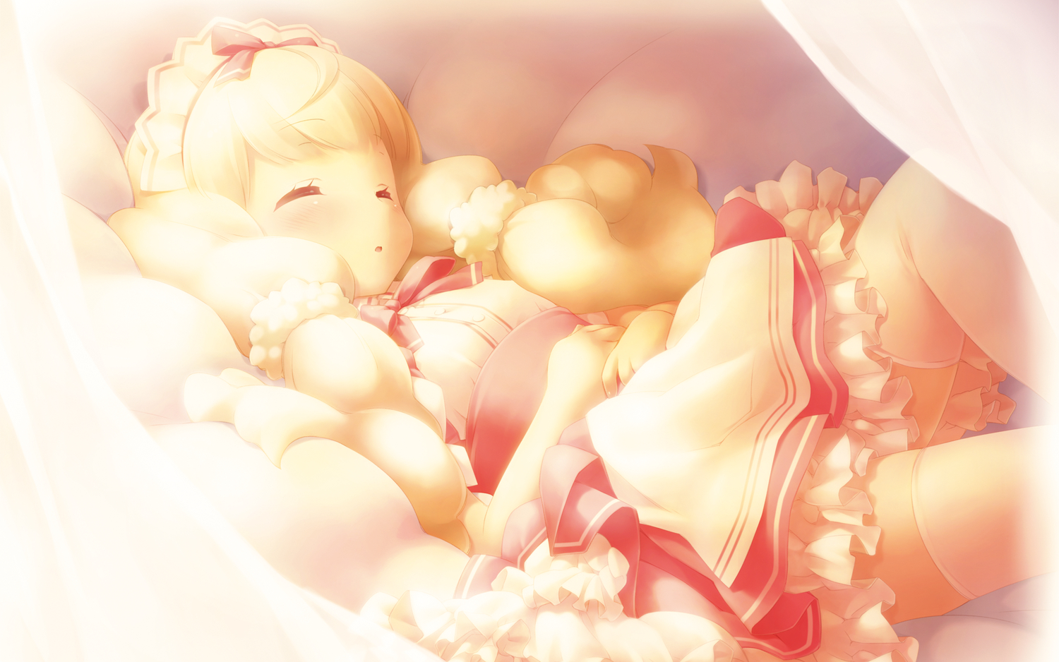 blonde_hair cafe_sourire gayarou loli ogiwara_kyouko sleeping thighhighs