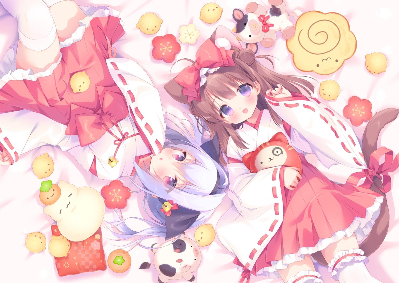 2girls animal animal_ears bell bird blush brown_hair catgirl food fruit japanese_clothes loli miko orange_(fruit) original piyodera_mucha ponytail purple_eyes purple_hair tail thighhighs