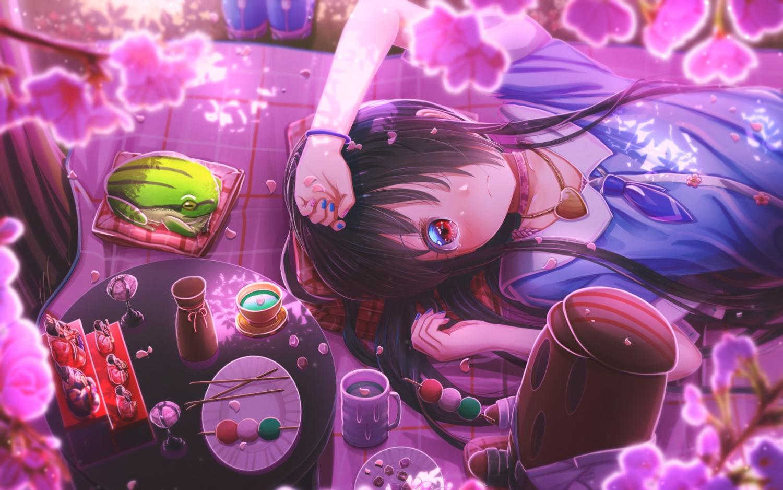abo_(kawatasyunnnosukesabu) animal black_hair blush drink flowers food frog long_hair necklace original red_eyes