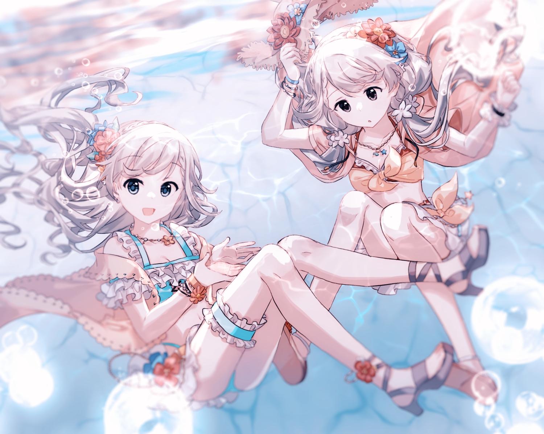 2girls brown_eyes bubbles gocoli gray_hair hisakawa_hayate hisakawa_nagi idolmaster idolmaster_cinderella_girls long_hair necklace twins twintails underwater water